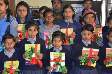 Students Received New Books 2019