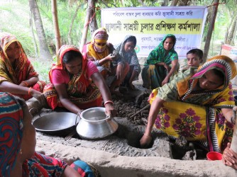 Training on Fuel efficient Cooking stove